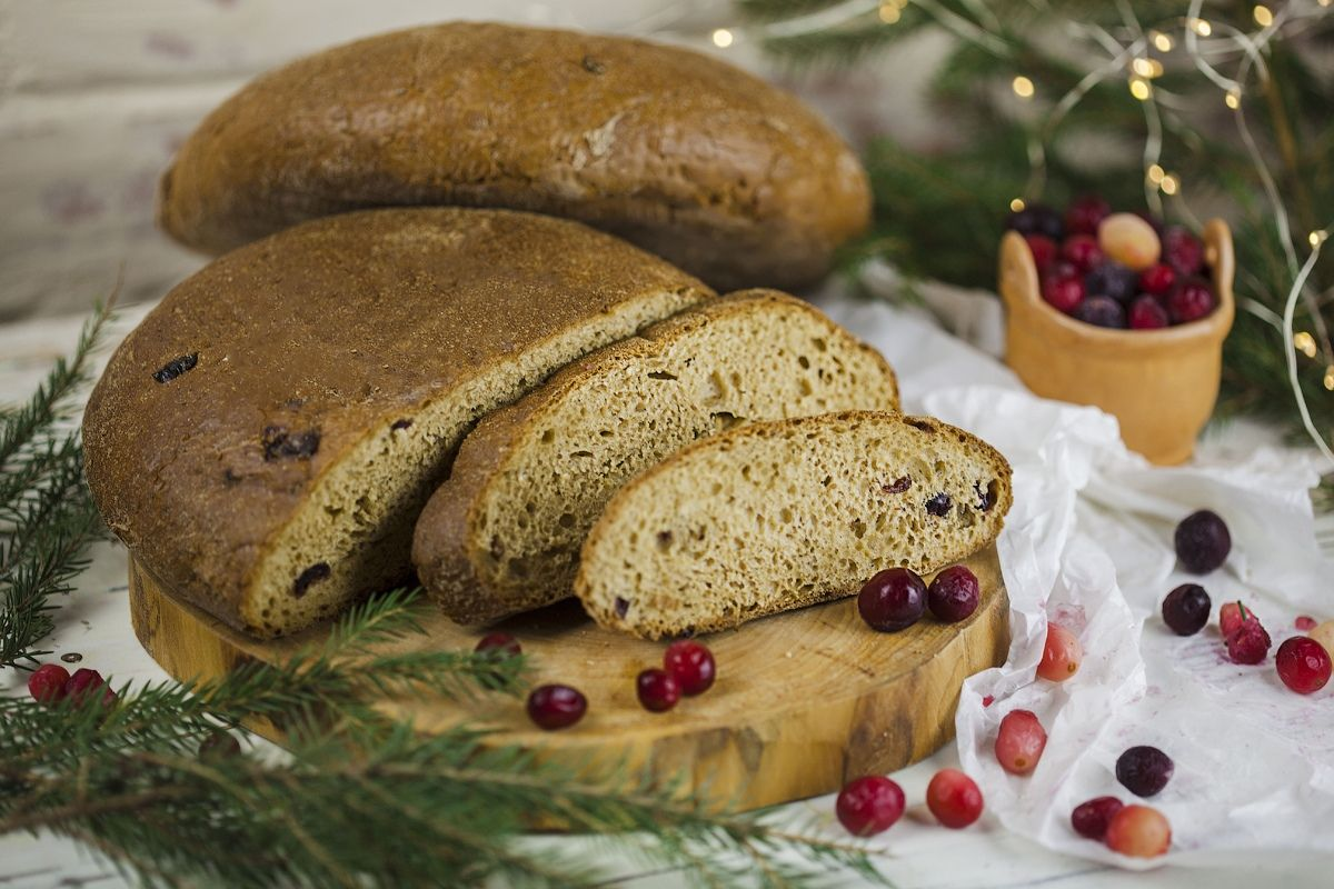 Хлеб Изборский (с клюквой)